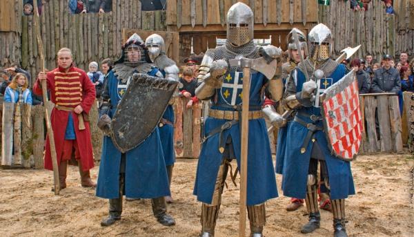 Команда военно-исторического клуба Армэ на турнире во Франции